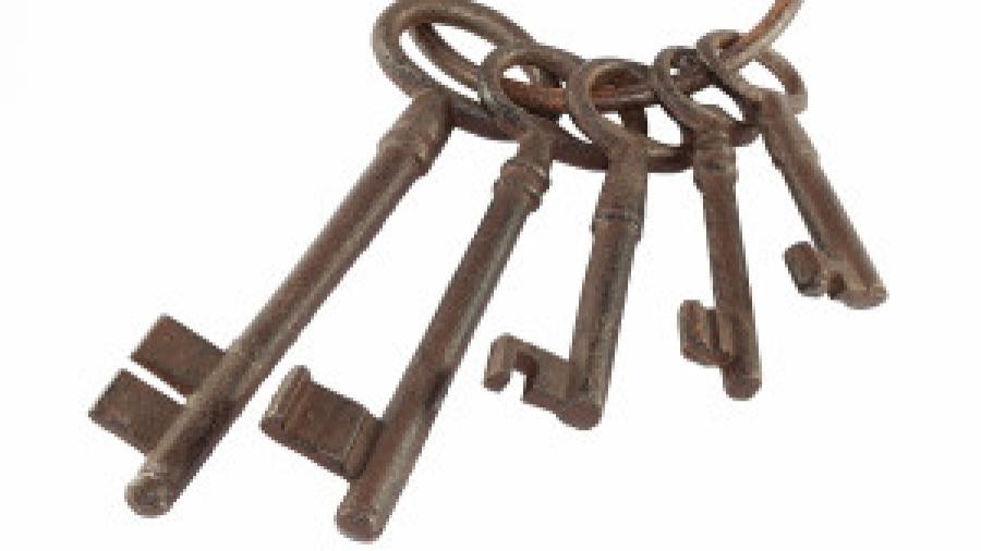 Bigstock-Old-Keys-42114148-300x200